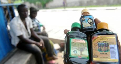 Des flacons d'aphrodisiaques vendues à Lagos / AFP