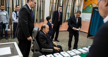 Abdelaziz Bouteflika, le 17 avril 2014, Alger / REUTERS