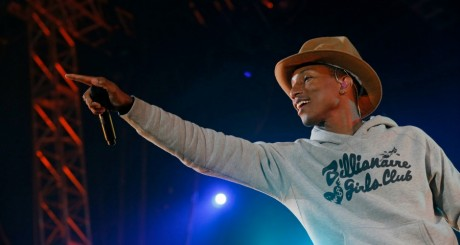 Pharrell Williams en concert en Californie, le 13 avril 2014 / REUTERS