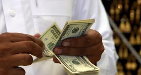 Des dollars, à la Mecque / REUTERS