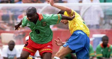 Roger Milla, lors de la Coupe du monde 1994, aux Etats-Unis / REUTERS