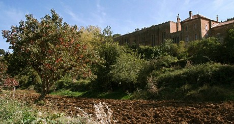 Le monastère de Tibhirine via Wikimedia Commons