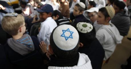 Des juifs éthiopiens à Jérusalem. REUTERS/Ronen Zvulun