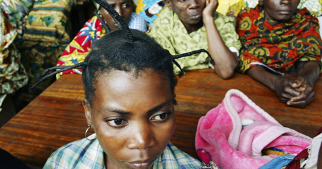 Des femmes victimes de violences sexuelles, à hôpital Panzi, en 2007. REUTERS/James Akena