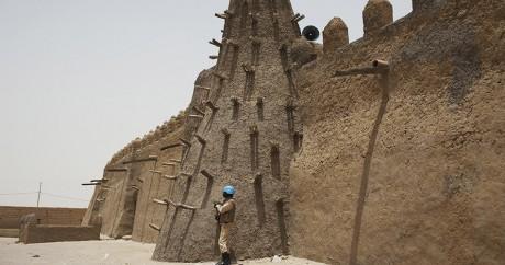 La mosquée de Djinguereber a été construite au XIVe siècle. REUTERS/Joe Penney