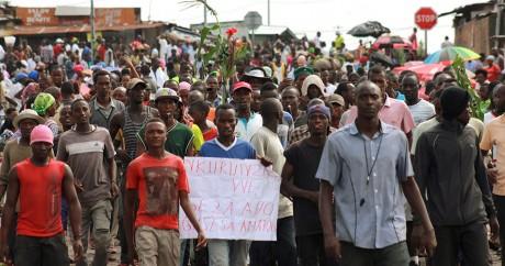 Une manifestation à Bujumbara, au Burundi, le 19 mai 2015. REUTERS/Jean Pierre Harerimana