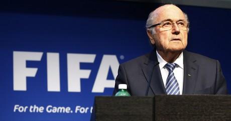 Sepp Blatter en conférence de presse le 2 juin 2015. REUTERS/Ruben Sprich