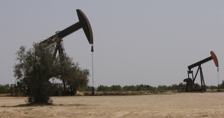 Une exploitation de pétrole en Tunisie. Culleybugs via Flickr