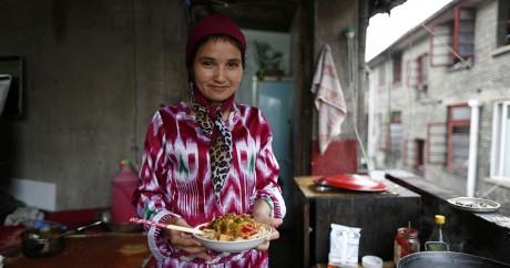 Une femme ouïgour fête la fin du Ramadan, en 2014. REUTERS/Aly Song