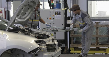 Une entreprise Renault à Oran, en Algérie. REUTERS/Louafi Larbi