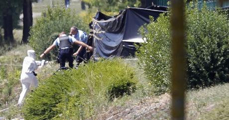 Sur le site de l'attaque de Saint-Quentin-Fallavier, le 26 juin 2015. REUTERS/Emmanuel Foudrot.