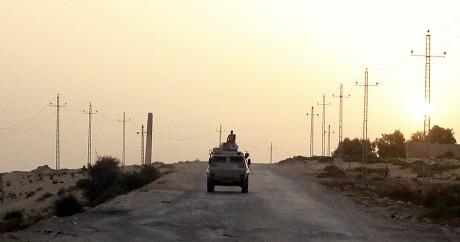 Une image d'archive d'un véhicule militaire égyptien dans le Sinaï.