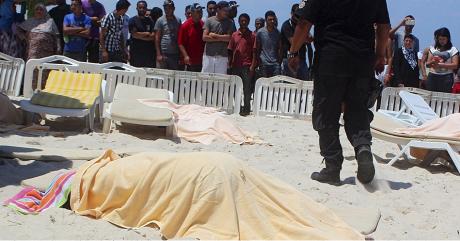 Au moins 37 personnes ont été tuées lors d'une attaque terroriste, le 26 juin 2015, à Sousse, en Tunisie | REUTERS/Amine Ben Azi