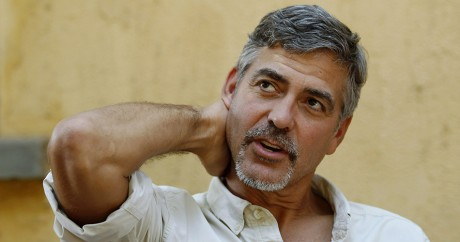 L'acteur américain George Clooney, le 8 janvier 2011 à Juba au Soudan du Sud.  REUTERS/Thomas Mukoya