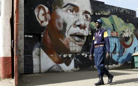 Une peinture d'Obama à Nairobi, le 17 juillet 2015. REUTERS/Thomas Mukoya