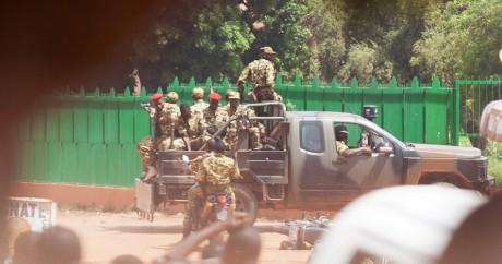 Des membres de la garde présidentielle à Ouagadougou, le 17 septembre. Photo: REUTERS/Joe Penney