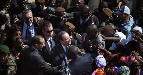 François Hollande au Mali, le 2 février 2013. Crédit photo: REUTERS/Fred Dufour/Pool