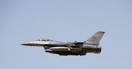 Un avion de combat de l'US Air Force/ Photo: REUTERS/Darrin Zammit Lupi