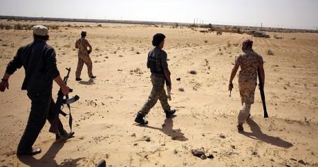 Des combattants de d'une milice de «l'Aube libyenne», le 17 mars 2017 près de Syrte. Crédit photo: REUTERS/Goran Tomasevic