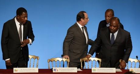 Les chefs d'Etat du Bébin, du Gabon et de de la Guinée avec François Hollande, le 10 novembre. Photo: RREUTERS/Philippe Wojazer
