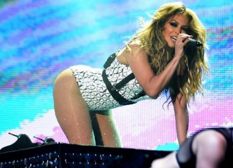 La chanteuse américaine Jennifer Lopez, le 29 mai 2015 lors du festival Mawazine de Rabat. Photo: AFP FADEL SENNA
