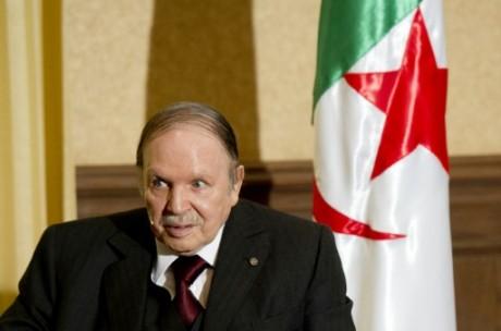 Le président Abdelaziz Bouteflika, le 15 juin 2015 à Alger POOL/AFP/Archives Alain Jocard