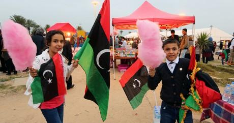 Des enfants fêtent le 5e anniversaire de la révolution, le 16 février 2016 à Tripoli. Crédit photo: MAHMUD TURKIA / AFP