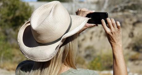 Le partage des photos sur les réseaux sociaux peut donner des indices aux braconniers.