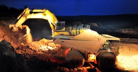 Une mine de bauxite en Guinée, à Kamsar en 2008. GEORGES GOBET / AFP
