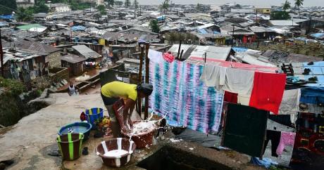 Environ 75% de la population de la Sierra Leone vit en-dessous du seuil de pauvreté. CARL DE SOUZA / AFP