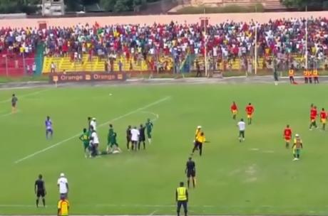 Capture d'écran YouTube du match entre la Guinée et le Sénégal U17. DR