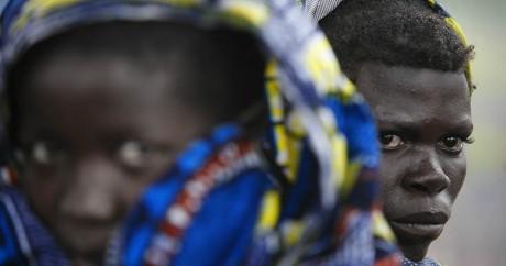 Des Pygmées dans le village de Mubambiro en 2006 en République démocratique du Congo. JOSE CENDON / AFP