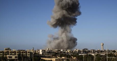 Un bombardement à Syrte le 28 septembre 2016. Photo: Fabio Bucciarelli / AFP