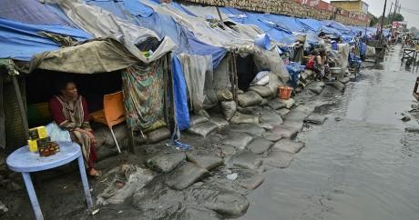 Des logements insalubres à Kinshasa, la capitale de la République démocratique du Congo. JUNIOR KANNAH / AFP