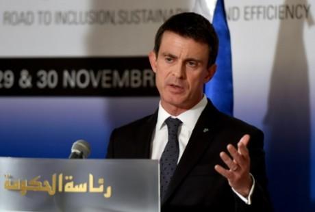Manuel Valls à Tunis le 28 novembre 2016. AFP/Fethi Belaid