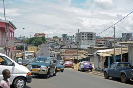 Une rue de Libreville, le 24 septembre 2016, au Gabon AFP/Archives STEVE JORDAN