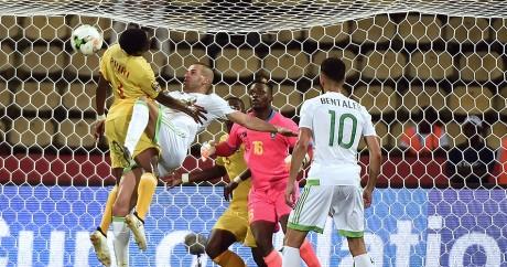 L'Algérie et le Zimbabwe ont fait match nul (2-2), le 15 janvier 2017. KHALED DESOUKI / AFP