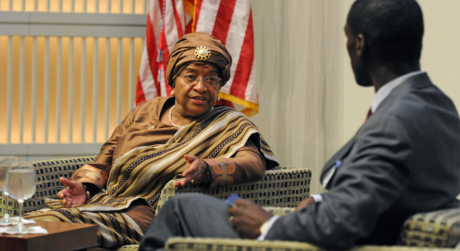 Johnson Sirleaf, première femme africaine élue au suffrage universel. U.S. Institute of Peace/Flickr, CC BY-NC