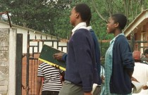 Zimbabwe: des étudiants se mobilisent contre l'interdiction de s'embrasser