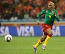 "Cameroun: remis d'un AVC, l'ex-international Rigobert Song ""revient de très loin"""