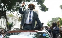 Kenya: Odinga pose des conditions