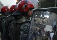 Les armées sont-elles solubles dans la démocratie?