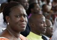 Transférer Simone Gbagbo à La Haye n'est pas si simple