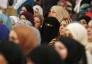 Difficile mariage du niqab et du bikini