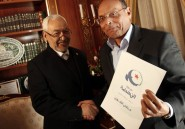Moncef Marzouki  Paris: des activistes crient  l&#039;imposture