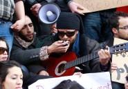 Tunisie: les salafistes agressent, mais ce sont les artistes qu'on arrête