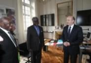 Coopération décentralisée: le Gouverneur du District d'Abidjan rend hommage au Premier Ministre Alain Juppé, au Gouverneur de la Province de Liège M. Michel Forêt, et au Maire de la Ville de Liège, M. Willy Demeyer (Autre presse)