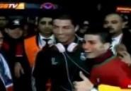 Les insolites de Basile Boli : Ronaldo et son incroyable sosie !