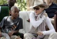 Malawi : vives critiques contre Madonna