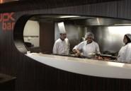 Tunisie - Gastronomie : Le Wok Bar d'Ibis Hôtel : ''Show devant!''